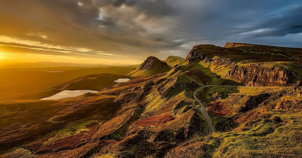Image of Scottish mountains in the sunshine